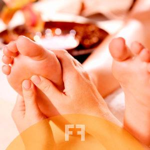 Tratamientos de pies y masaje de espalda